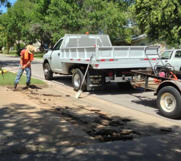 We also handle driveway repairs in Georgetown, TX and other home improvement projects. (1)
